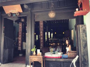 reaching out cafe Hội An