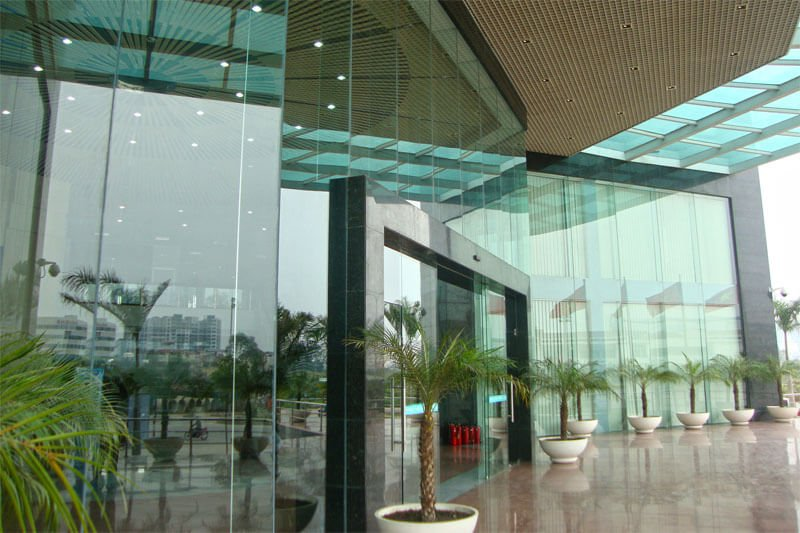 cửa kính cường lực Quảng Ngãi