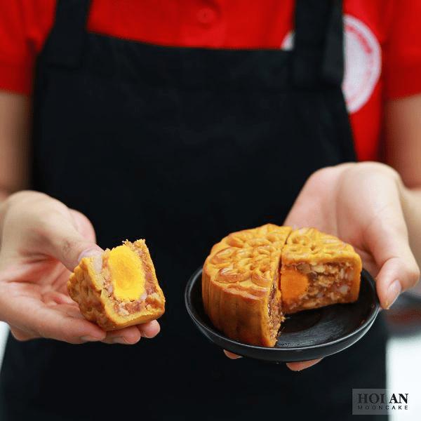 Bánh nướng gà quay vi cá (1 trứng)